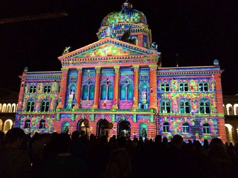 Bundeshaus lichtshow rendez vous dating