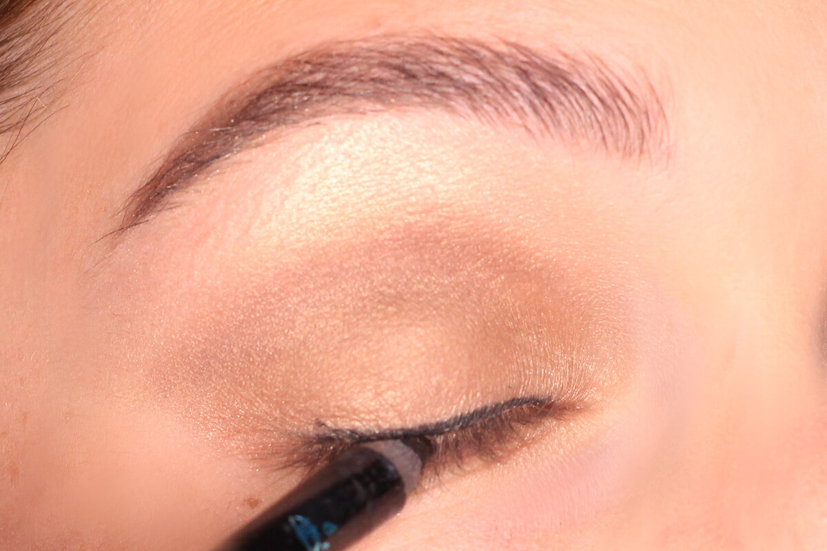 Herbst Tutorial Smokey Eyes In Gold Perfecthairch